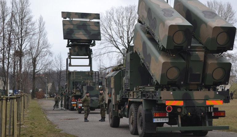 Antene IFF Poloneze pentru Sistemele Patriot