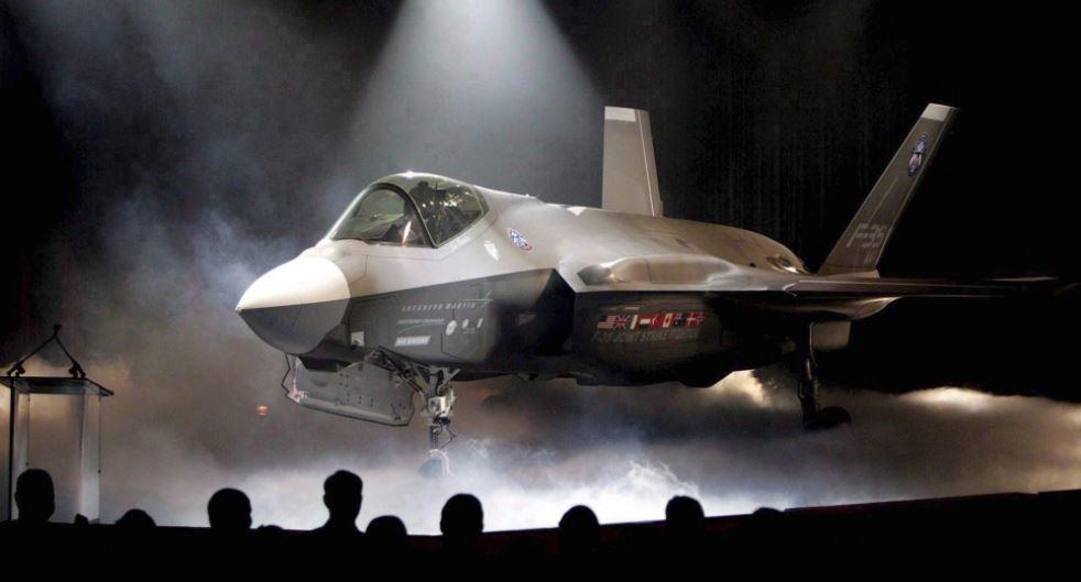 Lockheed Martin F-35A, victorie a la Pirus in Elvetia